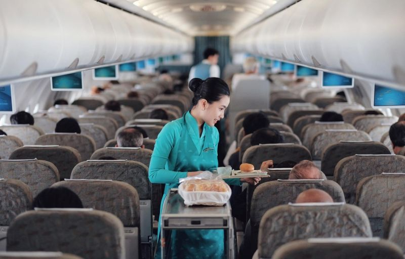 Từ ngày 15/5, Vietnam Airlines sẽ phục vụ trở lại suất ăn trên chuyến bay.