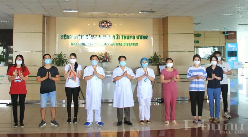 Các bệnh nhân được công bố khỏi bệnh tại BV Bệnh Nhiệt đới TƯ cơ sở 2 ngày 14/5.