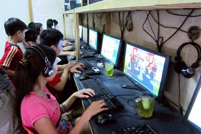 Nguy cơ thiếu an toàn đối với trẻ em khi lạm dụng các thiết bị điện tử, mạng xã hội.