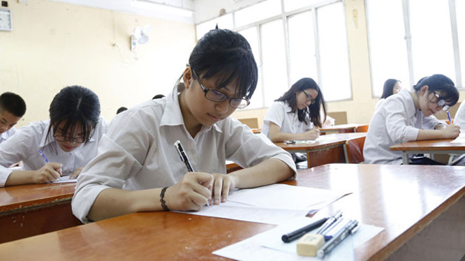 Mỗi học sinh có 2 nguyện vọng đăng ký vào lớp 10 THPT công lập. Ảnh: Ngọc Thắng