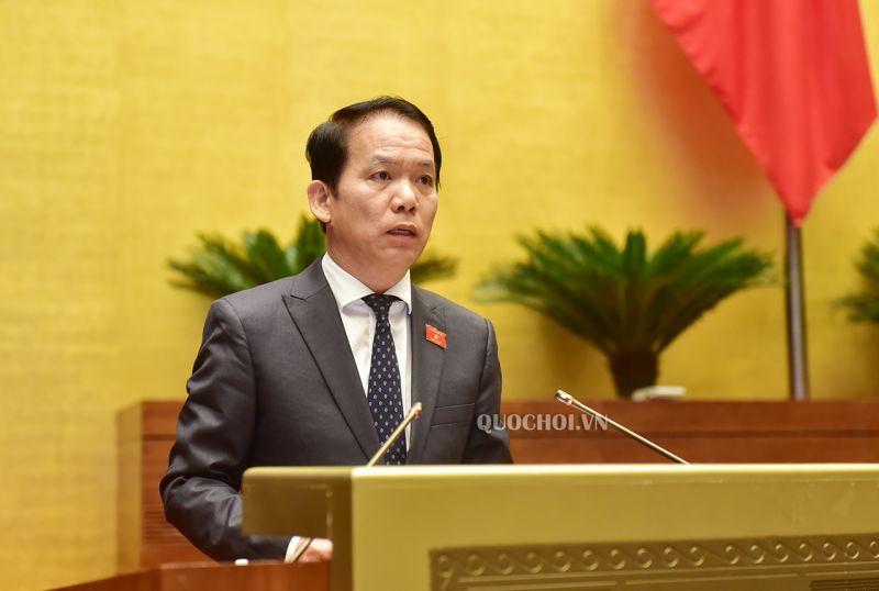 Chủ nhiệm Ủy ban Pháp luật Hoàng Thanh Tùng báo cáo một số điều của