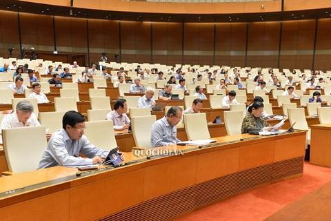 Các đại biểu tham dự kỳ họp thứ 9, Quốc hội khóa XIV sáng 23/5.