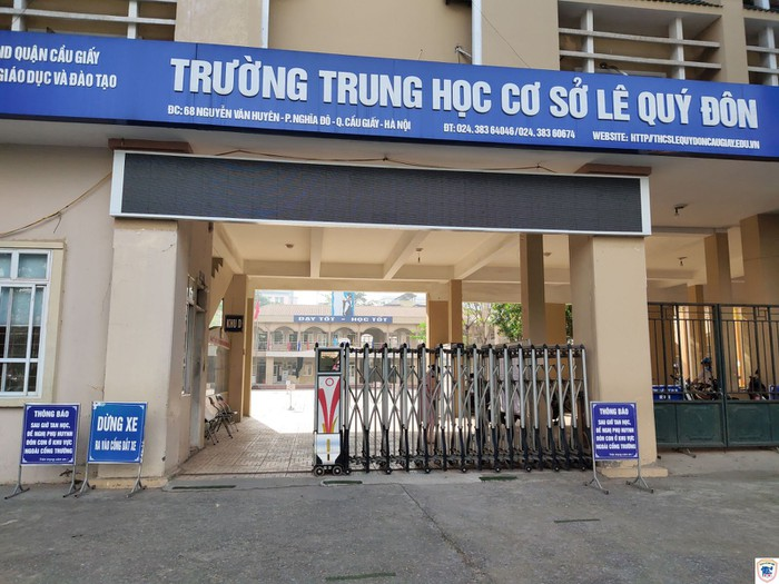 Trường THCS Lê Quý Đôn phản hồi không có sự việc yêu cầu học sinh ra khỏi lớp, đội nắng chờ bố mẹ đón