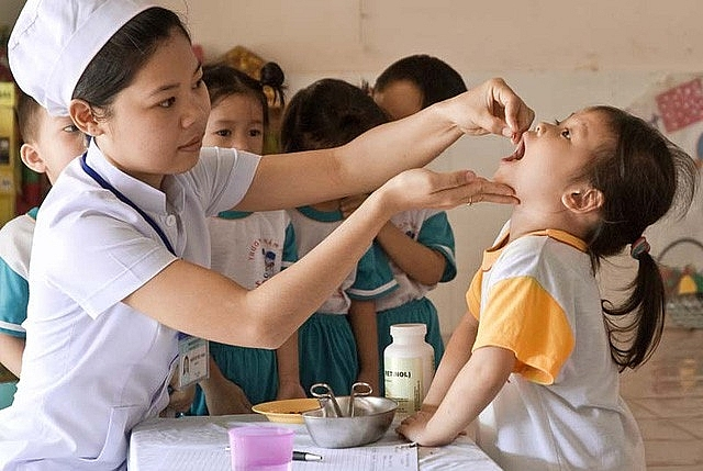 Bổ sung vitamin A để đảm bảo đầy đủ vi chất cần thiết cho sự phát triển của trẻ nhỏ