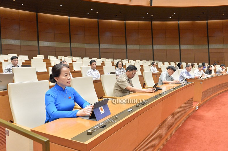 Các đại biểu tham dự kỳ họp thứ 9, Quốc hội khóa XIV sáng 27/5.