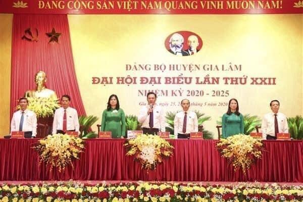 Sáng 25/5, Đại hội Đảng bộ huyện Gia Lâm đã bắt đầu ngày làm việc đầu tiên