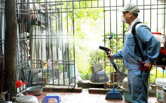 TP Hà Nội tổ chức các chiến dịch phun hóa chất diệt muỗi trưởng thành tại các địa phương có nguy cơ cao và phát sinh ổ dịch