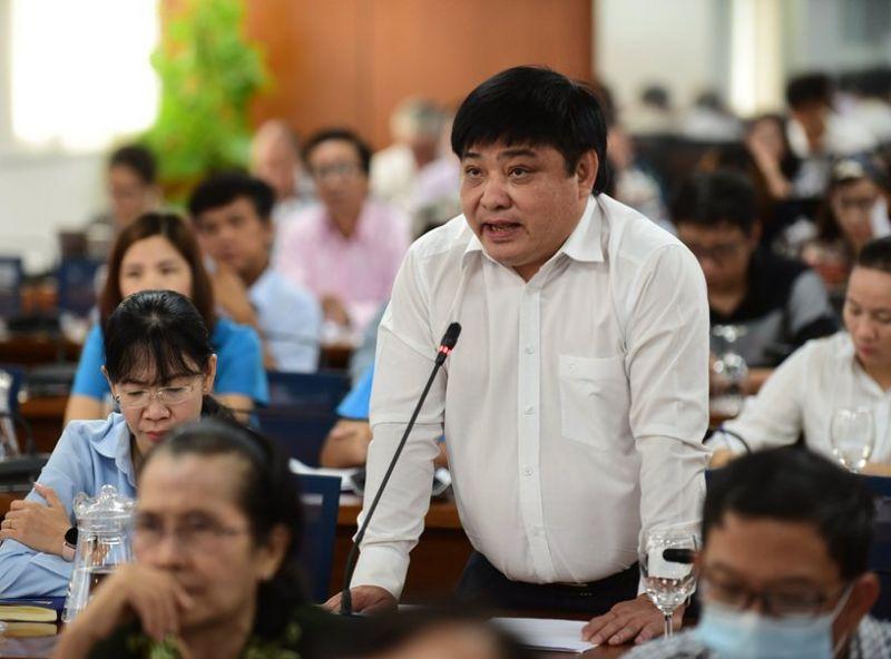 Ông Lê Thế Chữ, TBT báo Tuổi Trẻ nêu một số kiến nghị liên quan việc thực hiện đề án sắp xếp cơ quan báo chí - Ảnh: VGP/Băng Tâm