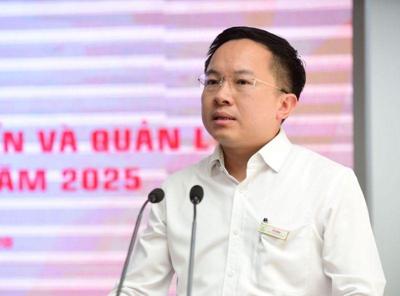 Phó Giám đốc Sở TTTT TPHCM Từ Lương thông tin về kế hoạch triển khai sắp xếp các cơ quan báo chí - Ảnh: Trung tâm Báo chí TPHCM