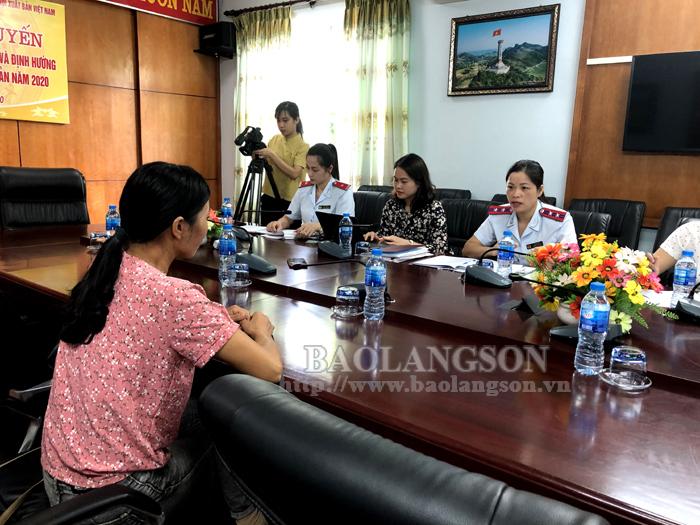 Thanh tra Sở Thông tin và Truyền thông, Sở Y tế tỉnh Lạng Sơn làm việc với bà T.T.H