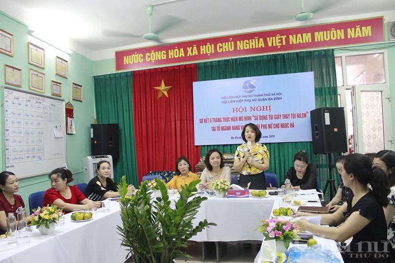 Đồng chí Phạm Thị Thanh Hương- Phó Chủ tịch Hội LHPN Hà Nội phát biểu chỉ đạo hội nghị