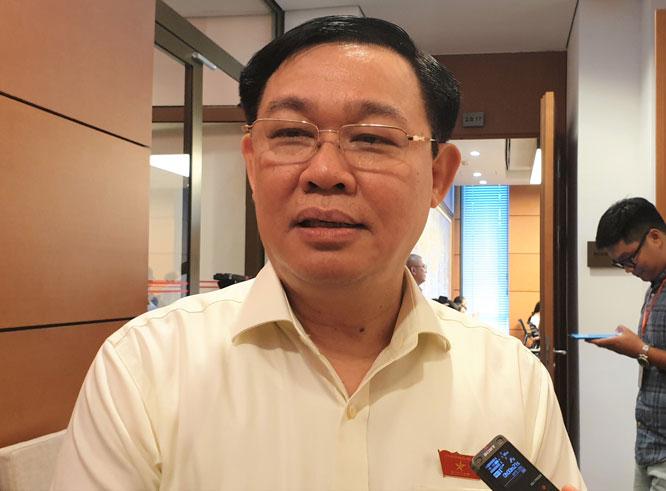 Bí thư Thành ủy Vương Đình Huệ cho biết thành phố Hà Nội mong muốn dự án đường sắt đô thị tuyến Cát Linh - Hà Đông được hoàn thành trước tháng 10-2020.