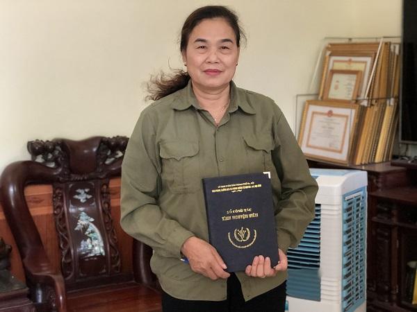 Bà Đỗ Thị Với và cuốn nhật ký công tác Đội từ những ngày đầu tiên