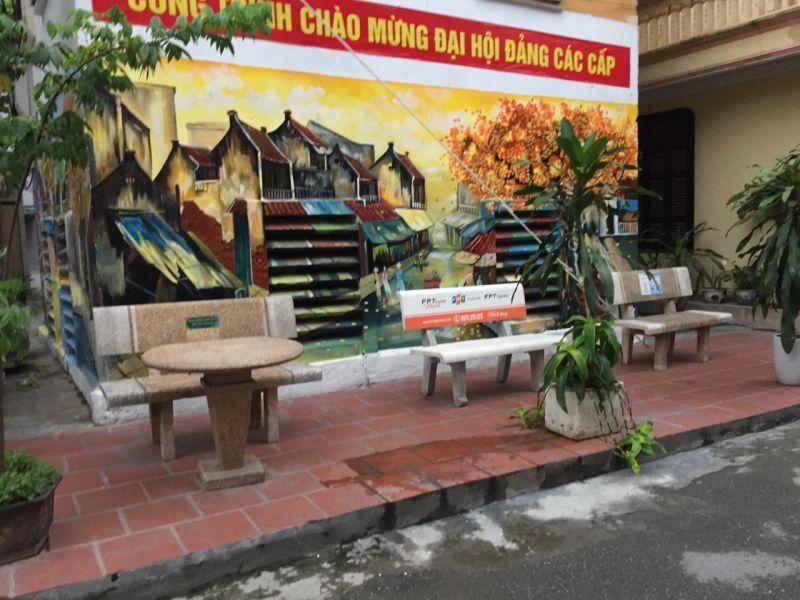 Hội PN Nam Đồng, quận Đống Đa vẽ tranh tường