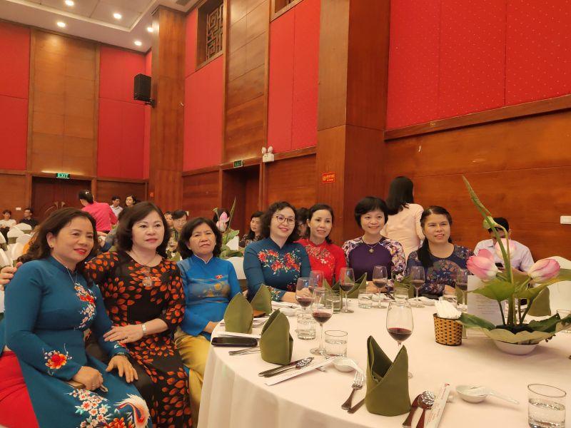 Năm 2020 là năm có ý nghĩa đặc biệt đối với tổ chức hội và các tầng lớp phụ nữ trong cả nước, Hội LHPN Việt Nam long trọng kỷ niệm 90 năm truyền thống vào dịp 20/10/2020