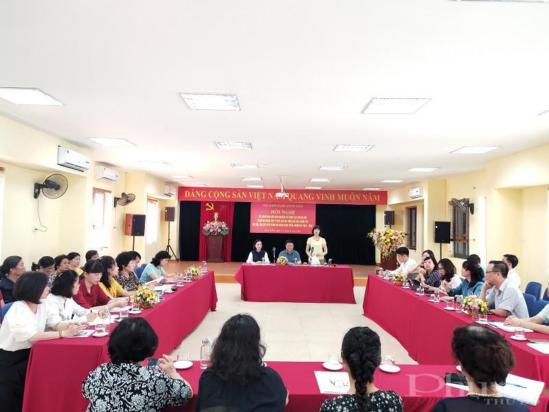 Các đại biểu tham dự buổi hội nghị  tọa đàm