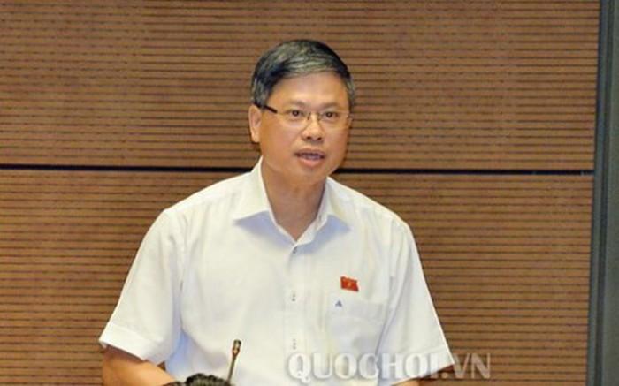 Đại biểu quốc hội Nguyễn Sỹ Cương thảo luận tại phiên họp Quốc hội sáng 12/6.