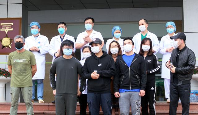 Dù Việt Nam hơn 90 triệu người dân nhưng chỉ có 333 ca bệnh, chỉ còn 10 bệnh nhân đang điều trị và không ghi nhận ca tử vong. Ảnh: Lê Bảo
