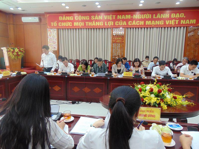 Phó Chủ tịch Ủy ban MTTQ Việt Nam TP Hà Nội Đàm Văn Huân báo cáo