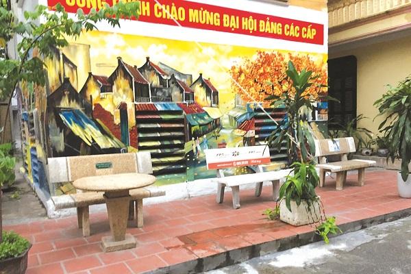Bức tranh tường của cán bộ hội viên phụ nữ phường Nam Đồng quận Đống Đa