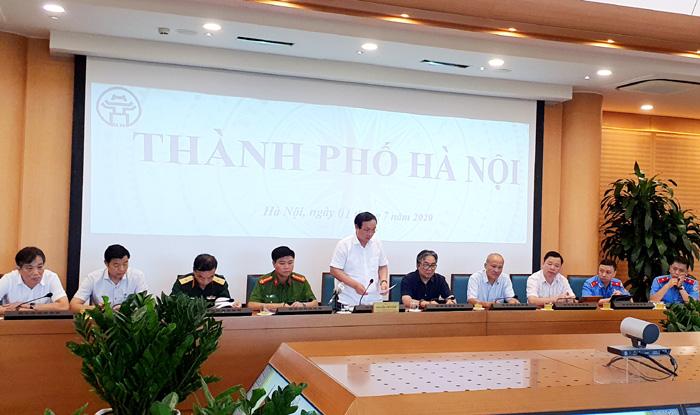 Phó Chủ tịch UBND TP Nguyễn Thế Hùng  phát biểu tại Hội nghị.