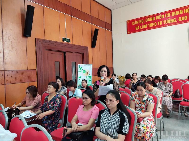 Các đại biểu kiến nghị thời gian tới, Hội LHPN Hà Nội tiếp tục tổ chức các lớp tập huấn về khởi sự, khởi nghiệp kinh doanh cho hội viên