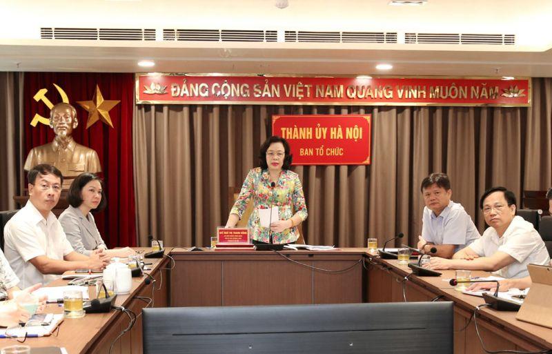Phó Bí thư Thường trực Thành ủy Ngô Thị Thanh Hằng phát biểu tại hội nghị trực tuyến toàn quốc sơ kết 6 tháng công tác tổ chức xây dựng Đảng tại điểm cầu Thành ủy Hà Nội - Ảnh: Bá Hoạt