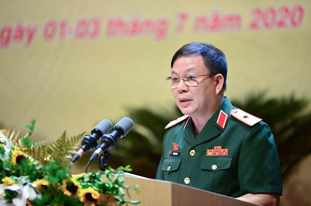 Chủ tịch kiêm Tổng giám đốc Viettel Thượng tướng Lê Đăng Dũng phát biểu tại đại hội.