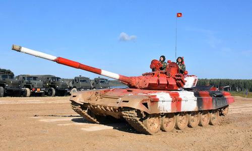 Kíp xe tăng Việt Nam trên chặng đua chung kết Tank Biathlon tại Army Games 2019. Ảnh: Báo Quân đội nhân dân