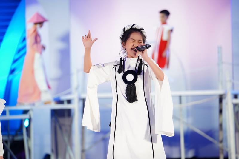 Quán quân Giọng hát Việt nhí 2019 KIều Minh Tâm