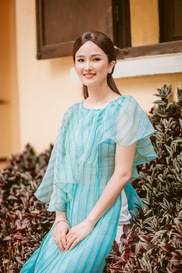 Cao Thùy Dương vẫn giữ được vẻ xinh đẹp, rạng rỡ như khi cô còn là một diễn viên, người đẹp hoạt động trong làng giải trí