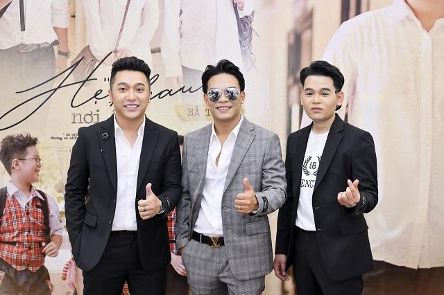 Nhạc sĩ Dương Trường Giang (giữa) và ca sĩ Yanbi, Hà Trung