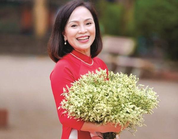 Cô giáo Nguyễn Thị Minh Hải: Dù ở vị trí công tác nào cũng luôn hết lòng vì học sinh thân yêu.