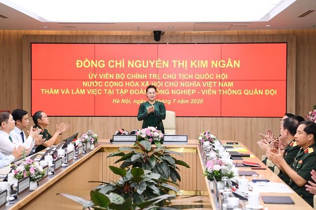 Chủ tịch Quốc hội Nguyễn Thị Kim Ngân phát biểu tại buổi làm việc với lãnh đạo chủ chốt Tập đoàn Viettel.