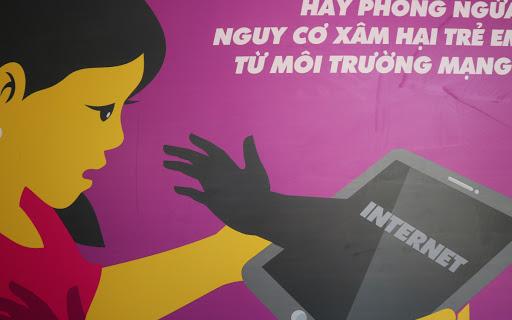 Hãy phòng ngừa những nguy cơ xâm hại trẻ em trên môi trường mạng  từ khi trẻ bắt đầu tiếp cận Internet
