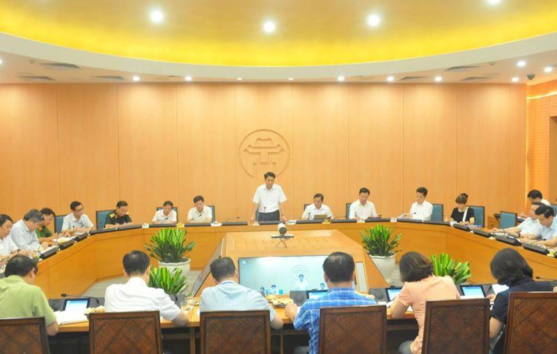 Chủ tịch TP Hà Nội Nguyễn Đức Chung chủ trì Hội nghị.