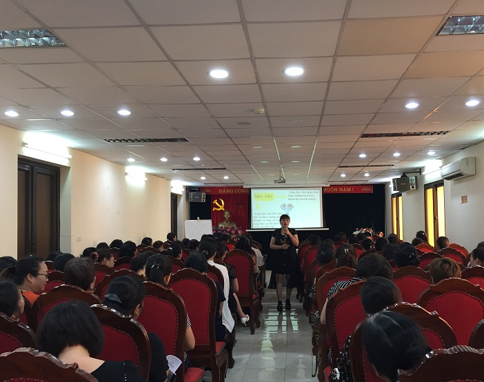 Tiến sỹ Phạm Thị Thơm – Giảng viên chương trình khởi nghiệp Quốc gia, chuyên gia đào tạo cho các hộ kinh doanh – là giảng viên chính khóa đào tạo
