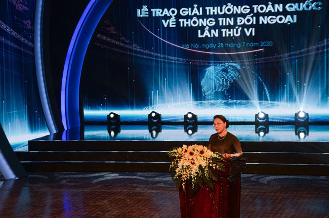 Chủ tịch Quốc hội Nguyễn Thị Kim Ngân phát biểu.