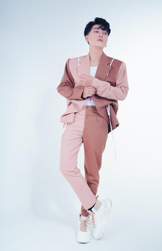An Nam xuất hiện với ngoại hình chuẩn soái ca khiến fan hâm mộ