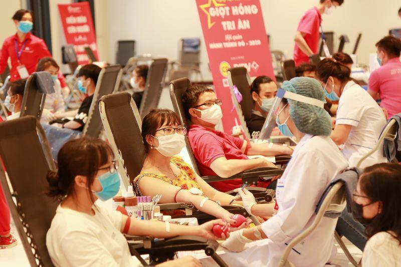Theo dự kiến ban đầu, Hà Nội sẽ thu được hơn 5.500 đơn vị máu sau 2 ngày diễn ra chương trình