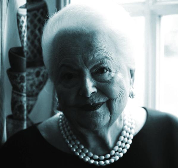 Ngôi sao cuối cùng của Hollywood thời hoàng kim vừa qua đời ở tuổi 104
