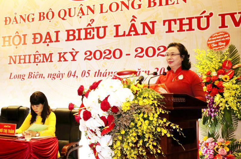 Phó Bí thư Thường trực Thành ủy Ngô Thị Thanh Hằng phát biểu chỉ đạo tại đại hội.