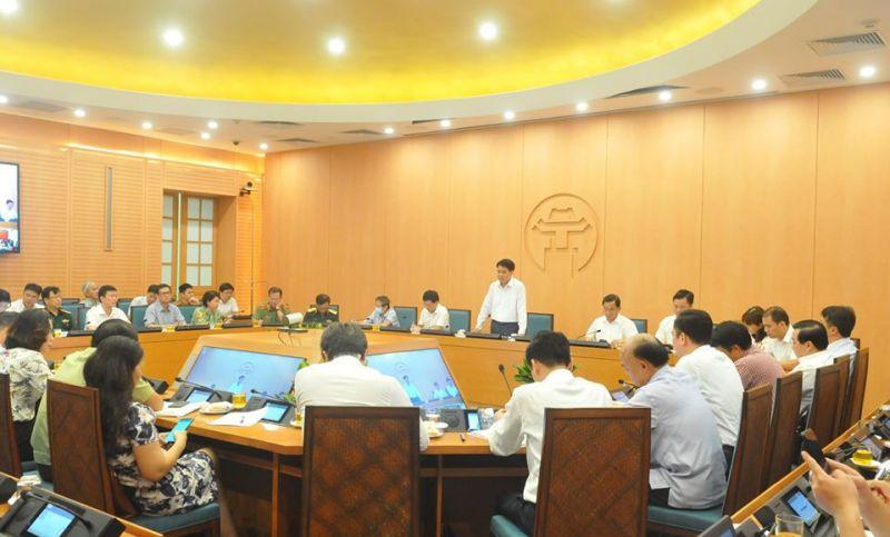 Chủ tịch Thành phố Hà Nội phát biểu tại cuộc họp