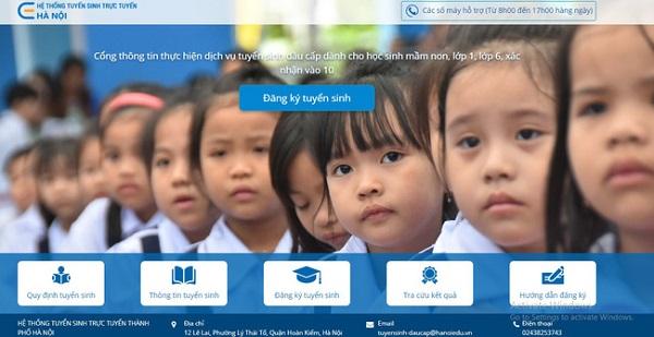 Hà Nội khuyến khích các gia đình đăng ký tuyển sinh trực tuyến để phòng chống dịch Covid-19
