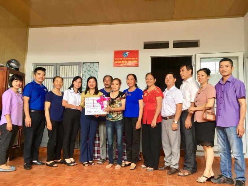 Chị Thúy  đã gửi lời cảm ơn tới chị em hội viên phụ nữ và đoàn thể chính quyền đã luôn quan tâm giúp đỡ những hoàn cảnh khó khăn