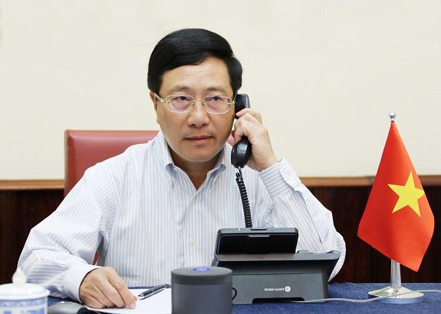 Phó Thủ tướng, Bộ trưởng Bộ Ngoại giao Phạm Bình Minh điện đàm với Bộ trưởng Quốc phòng Mỹ Mi