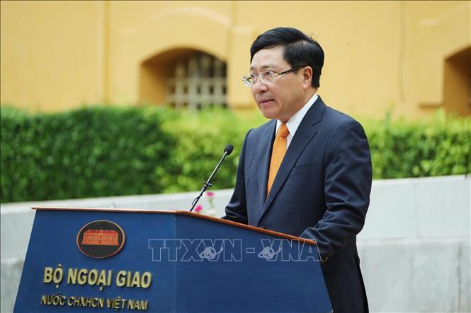 Phó Thủ tướng, Bộ trưởng Bộ Ngoại giao Phạm Bình Minh phát biểu.