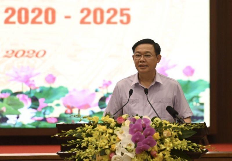 Đồng chí Bí thư Thành ủy Hà Nội tiếp thu ý kiến của Thủ tướng Chính phủ.