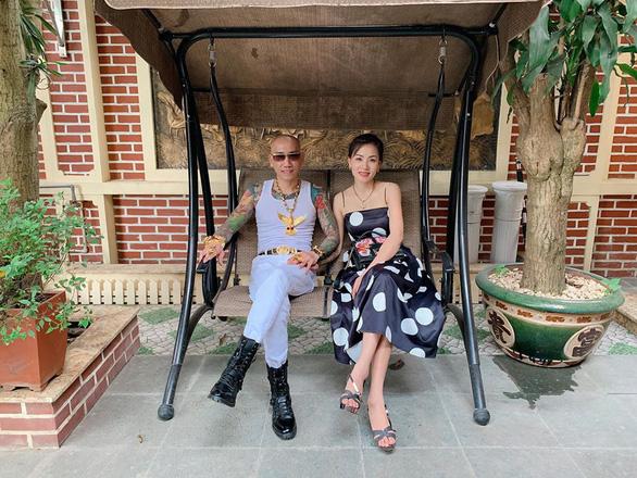 Vợ chồng Phú Lê