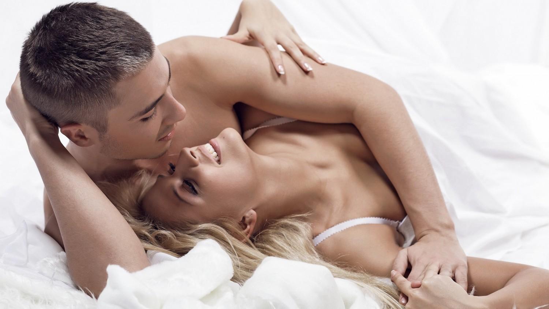 Cuộc sống phòng the viên mãn sẽ tăng thêm hạnh phúc cho hôn nhân